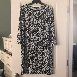 Dress black and white size large